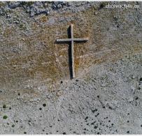 Wielki krzyż widziany z góry