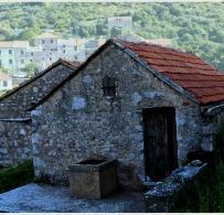3velo-groblje-dom